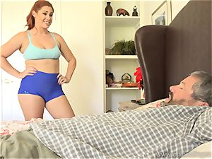 Edyn Blair penetrated By humungous black wood husband watches