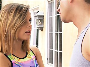 Keisha Grey gets active with her BFFs fellow