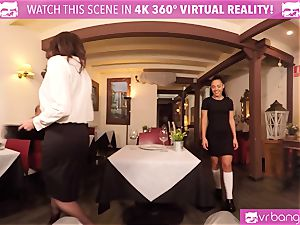 VR porno - Public lovemaking with two honies in Caffe