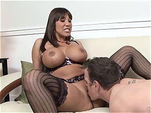 Ava Devine rims her toyboy paramour before a deep screwing
