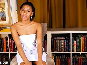 Jazzy Jamison super-sexy interview and finger joy