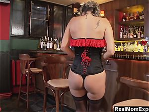 captivating milf masturbates At The Bar