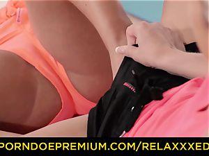 RELAXXXED lezzy Amirah Adara torn up on yoga class