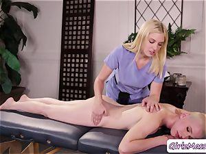 masseur Giselle Palmer luvs slurping Riley Nixons moist poon in the table