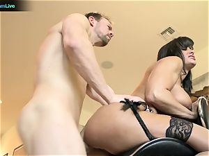 Pretty girl Lisa Ann longing for a man's fluid