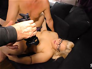 SEXTAPE GERMANY - chubby German new-comer gets screwed