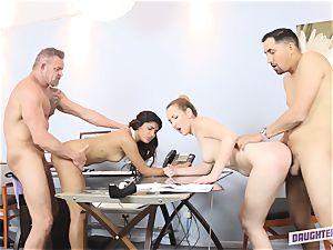 Katalina Mills and Gigi Flamez swap daddies