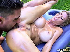 Alexis Fawx getting an outdoor shag and massage