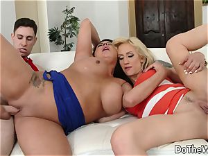 black-haired swinger Candi Coxx fucks in front of spouse