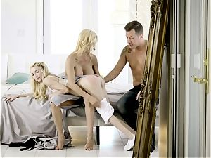 jizm craving Alexis Fawx and Piper Perri mud with Jessy