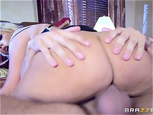 meaty butt Bridgette B riding manstick