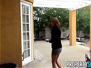 PropertySex Real Estate Agent Kara fake pulverizes Outdoors