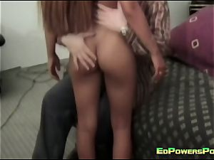 curvaceous nubile torn up by Ed Powers