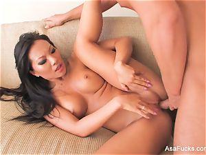 super fantastic Asa Akira nails on the bed