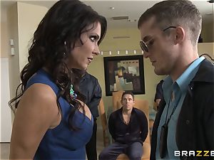 Criminals wifey Jessica Jaymes banged by a scorching cop