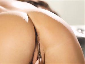 Eva Lovia rubs her eager bud till she finishes off