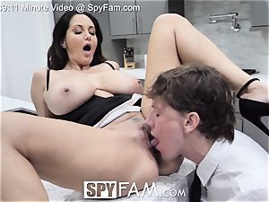 SpyFam Step mommy Ava Addams pokes step sonnie